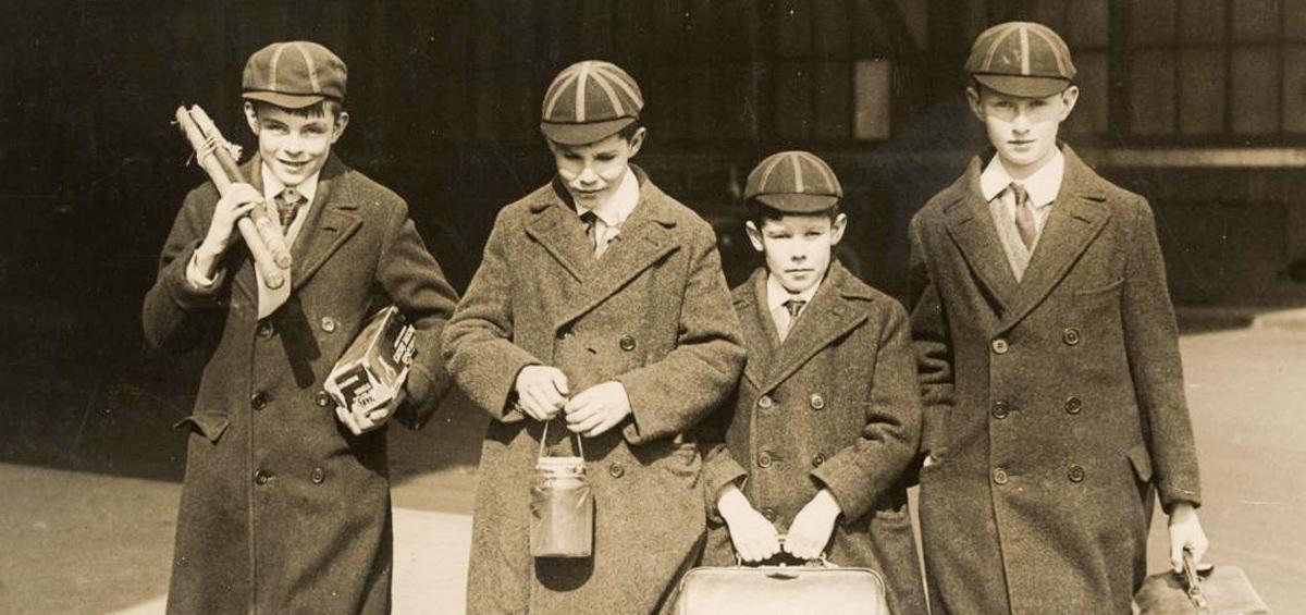 Turing con sus amigos en Sherborne