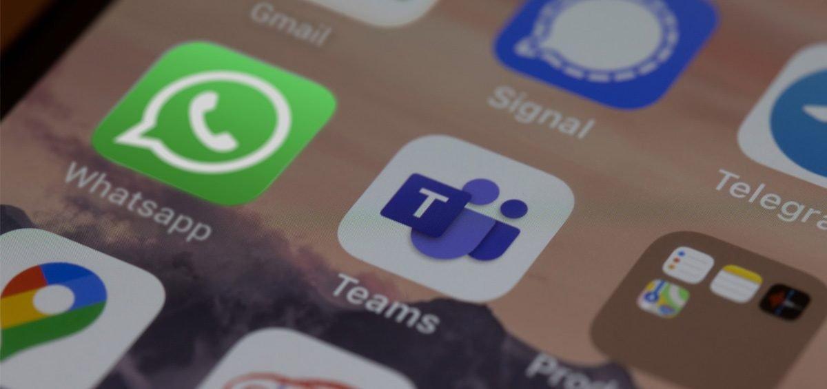Agentes virtuales WhatsApp y Teams para atender Clientes y Empleados